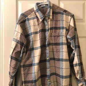 Cascade long sleeve button down shirt size XL